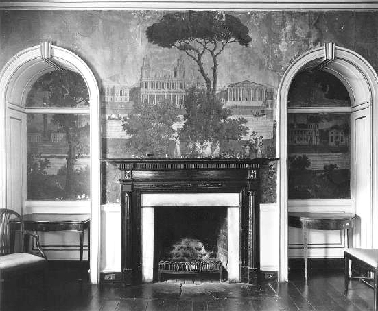 Photo of a Southern interior by Frances Benjamin Johnston
